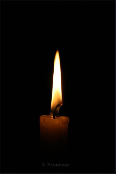 Chandelle bougie flamme lumière