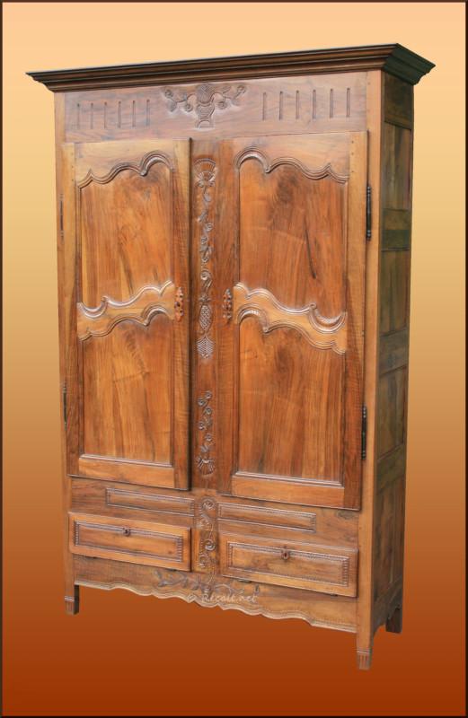 ecole de monein - armoire bearnaise - armoire sculptee